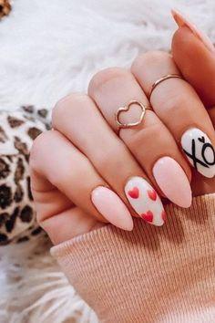 Pink Nails, Gel Nails, Acrylic Nails, Valentine's Day Nail Designs, Acrylic Nail Designs, Nails Design, Heart Designs, Heart Nails, Nagel Gel