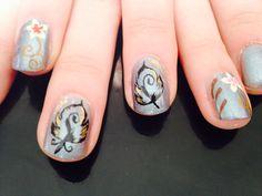 Nail art fait main ;) petite plumes