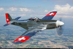 El GoAviator.com P-51D Mustang en Fuerzas Aéreas suizas que pintan para el Air14