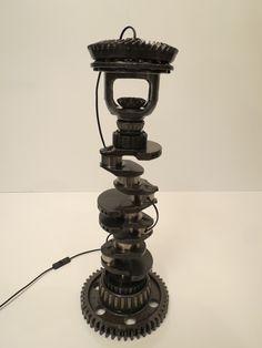 Lampa z korbowodu