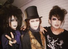 Oh wow... The Malice Mizer boys, 10+ years after disbanding.