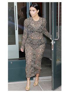 Top 35 des stars qui ont un jour osé porter des robes transparentes | Page 7