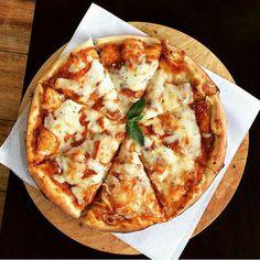 Think Food, I Love Food, Good Food, Yummy Food, Food N, Food And Drink, Pizza Food, Diy Food, Red Pizza