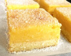 For a treat as perfectly sweet as it is delectably tart, you've got to turn to Lemon Bars! Not only are ours the best, they only need 5 ingredients to make! Food N, Good Food, Food And Drink, Yummy Food, Lime Recipes, Paleo Recipes, Sweet Recipes, Portuguese Desserts, Lemon Bars