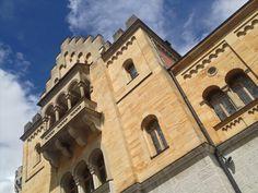Neuschwanstein Castle - Neuschwanstein Castle - Wikimedia Commons  (2048×1536)