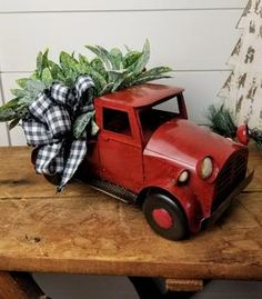 Red Truck Christmas old timey Christmas truck Christmas image 3 Christmas Truck, Christmas Gifts For Mom, Plaid Christmas, Christmas Images, Christmas Wreaths, Christmas Ideas, Christmas Arrangements, Christmas Centerpieces, Christmas Decorations
