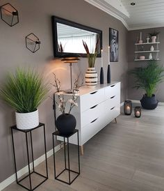 31 brilliant solution small apartment living room decor ideas and remodel 17 Home Living Room, Apartment Living, Living Room Decor, Bedroom Decor, Decor Room, Living Spaces, Interior Design Living Room, Living Room Designs, Interior Modern