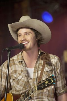 country strong. oh boy, you have been off my mind for too long. i need to make a list of my dreamy men!