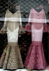 mantoncillos de flamenca de crochet paso a paso - Buscar con Google Flamenco Costume, Flamenco Dresses, Diy Projects To Try, Leg Warmers, Crochet, Designer Dresses, Costumes, Sewing, Formal Dresses