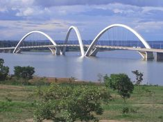 Brasilia, Bridge