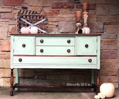 Buffet Sideboard Makeover in Fusion Mineral Paint Inglenook//painted furniture//Redone Buffet//Farmhouse Style Furniture//Distressed//Espresso Wax