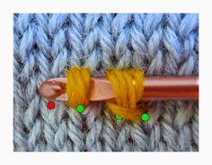 TECHknitting: Slip stitch surface decoration: Fake Latvian Braid (Applied color knitting, part 1)