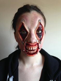 Looking for the foremost interesting sudden Halloween holiday makeup ideas. Creepy Halloween Makeup, Scary Makeup, Halloween Looks, Sfx Makeup, Cosplay, Scary Faces, Horror Makeup, Character Makeup, Special Effects Makeup