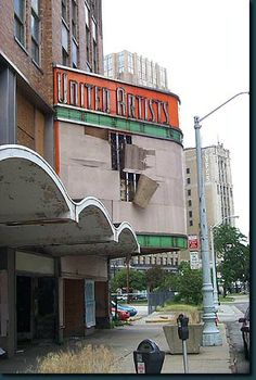 Theater around grand circus park detroit | The United Artist Theater marquee on Bagley at Grand Circus Park.