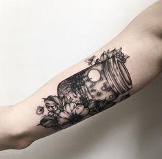 📌 firefly mason jar scenery tattoo Pretty Tattoos, Cute Tattoos, Beautiful Tattoos, Body Art Tattoos, Tattoos For Guys, Tatoos, 1 Tattoo, Piercing Tattoo, Piercings