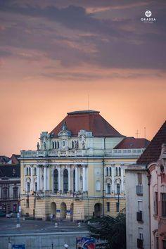 Oradea is one of the top choices when visiting Transylvania. #romania #beautifulromania #traveleurope #places_wow #placestovisit #placestogo #placestogothingstodo #travelinspiration #favouriteplacesspaces #amazingplaces #traveldestinations #aroundtheworld #wanderlust #voyage