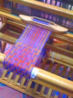 weaving - Google Search Gorgeous pattern and colors.