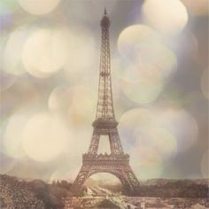 A canvas of the Eiffel Tower is perfect for a Paris themed room!