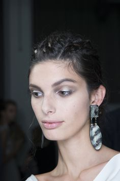 White makeup at Emporio Armani for Spring Summer 2015  #beauty | #eyeliner | #60s | #runway