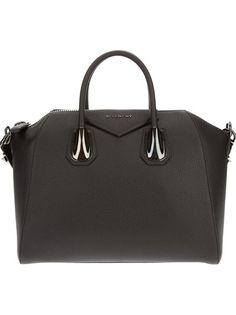Givenchy Antigona Bag! I want!