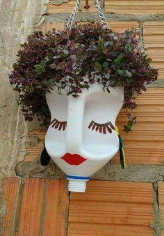 Plastic Bottle Planter, Plastic Bottle Crafts, Garden Yard Ideas, Diy Garden Projects, Paper Flowers Craft, Flower Crafts, Flowers In Jars, Flower Pots, Mini Cactus Garden