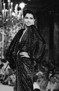 Ysl, Yves Saint Laurent Paris, Genie, Fashion History, Couture Fashion, 1980s, Saints, Daddy, Photos