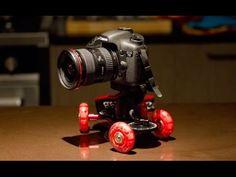Plataforma de deslizamiento Dolly Sevenoak SK-DW03 Permite hacer movimientos de cámara en cualquier lugar Haz travellings suaves y silenciosos, sin vibraciones Movimiento de 360º para grabar todos los ángulos 39,99 € IVA incluido