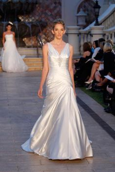 Enzoani | Spring 2013 Collection