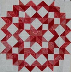 Use the tube quilt method to make the half square triangles. squares 36 red on red half square triangle blocks 70 red/white half square triangles. Will make double quilt with border. Big Block Quilts, Star Quilt Blocks, Star Quilts, Quilt Block Patterns, Mini Quilts, Quilting Projects, Quilting Designs, Red And White Quilts, Quilt Modernen