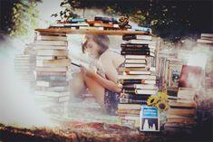une personne qui lit des vies un millier de vies