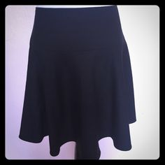 RED Valentino black skirt Wool poly mix RED Valentino Skirts Circle & Skater