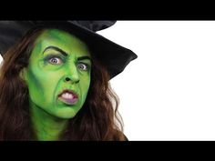 Face painting is one of my favorite Halloween activities. Here are our family's five inspirational face painting videos we are using this year for our Halloween face paint jobs. Halloween Face Paint Scary, Witch Face Paint, Scary Face Paint, Skull Face Paint, Halloween Rocks, Halloween Makeup, Facepaint Halloween, Halloween Outfits, Face Painting Tutorials