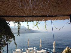 Vesuvios cafe, Agios Nikolaos near Stoupa, Greece Mediterranean Sea, Crete, Travel Ideas, Natural Beauty, Places To Go, Outdoor Decor, Holiday, Nature, Life