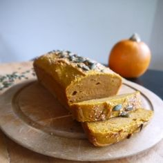 Spiced Pumpkin Loaf - vegan and gluten free! Delicious for autumn!