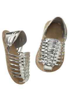 tiny metallic sandals http://rstyle.me/~2y5En
