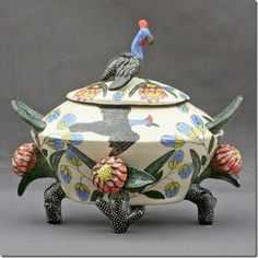 Beauty Ntshalintshali and Mavis Shabalala Guineafowl Tureen, 29 x 35 x Masterpiece Collection: Ardmore Ceramics. Photo used with permission. South African Design, South African Artists, Ceramic Pottery, Ceramic Art, African Pottery, Africa Art, Community Art, Glass Art, Sculptures