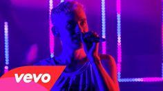 Years & Years - King (Live from Shepherd's Bush) (Vevo LIFT): Brought To...