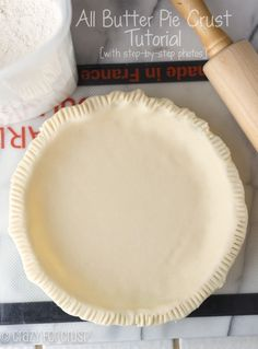 This easy all butter pie crust recipe is made with just four ingredients. It's fast and can be made in the food processor or by hand. It's the perfect pie crust for all your pie recipes! Homemade Pie Crusts, Pie Crust Recipes, All Butter Pie Crust, Easy Pie Crust Recipe Without Shortening, 13 Desserts, Plated Desserts, Dessert Crepes, E Mc2, Sweet Pie