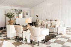 Contemporary furniture setup by GRAND ROOM DESIGN