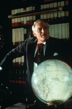 Still of Charles Gray in The Rocky Horror Picture Show (1975)