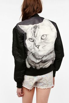 holy.cat.   someone please buy me this.   like please