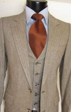 Exquisite Vintage Tweed Ysl Yves Saint Laurent 3 Piece Men Suit 36 R.I kind of absolutely love this. Sharp Dressed Man, Well Dressed Men, Pieces Men, 3 Piece Suits, Suit And Tie, Gentleman Style, Wedding Suits, Mens Suits, Suit Men