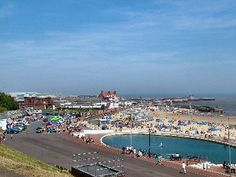 10 minutes by car, you have the lovely Gorleston-on-Sea.