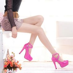 http://www.moooh.net/products/high-heels-platfrom-shoes-glossy-pink-color. [Advertising the shoes, but it's the rest of the outfit that is fabulous.  ❦]