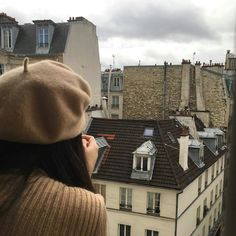 Discovered by Find images and videos about girl, aesthetic and city on We Heart It - the app to get lost in what you love. Beige Aesthetic, Aesthetic Photo, My Little Paris, Paris Mode, Mein Style, Belle Villa, Paris Ville, Oui Oui, France