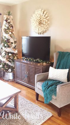 White Walls Christmas Home Tour I Love This Blog For Military Families
