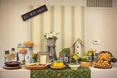 rustic feel winnie the pooh party table