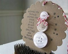 """Button Snowman on Cookie - Christmas decoration. Poem says """"Wishing you sparkle, wishing you cheer, for a bright merry Christmas and a happy New Year! Christmas Projects, Holiday Crafts, Holiday Fun, Christmas Button Crafts, Handmade Christmas, Simple Christmas Gifts, Noel Christmas, Winter Christmas, Christmas Ornaments"""