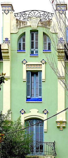 Residencial La Salle (1913) Carrer de Sant Joan de La Salle 40 Barcelona. Architecte : Manuel Raspall. ©GB