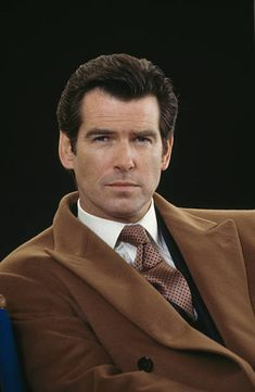 Pierce Brosnan 007, James Bond Images, George Lazenby, James Bond Style, Timothy Dalton, Live Model, Sean Connery, Young Actors, Marvel Actors
